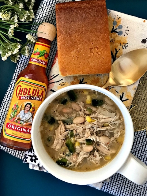 Our FAVORITED weeknight meal! White chicken chili!