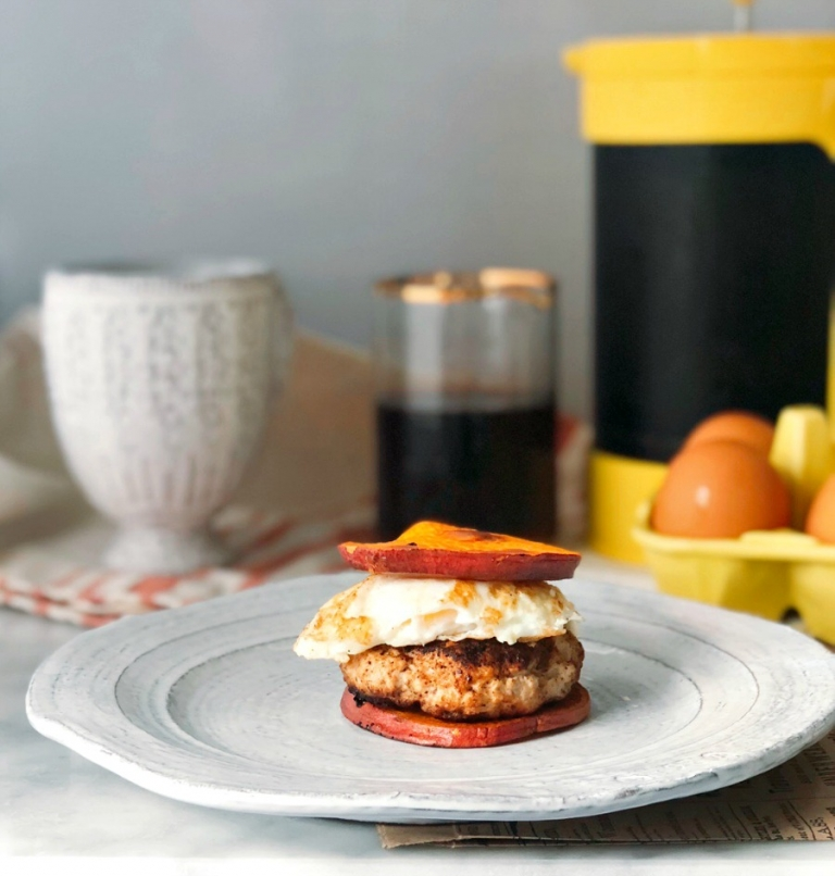 Make Ahead Paleo Breakfast! These chicken sausage breakfast sandwiches are savory and sweet. Juicy and filling! Everything you need for a delicious breakfast!